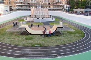Как открывали обновленный велотрек в Киеве: трюки экстремалов и лазерно-световое шоу