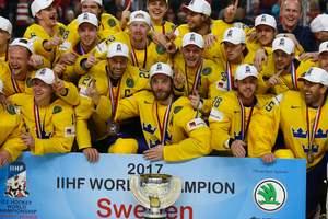 Яркие кадры с награждения сборной Швеции по хоккею