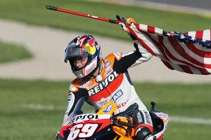 Чемпион мира по мотогонкам умер от полученных в аварии травм