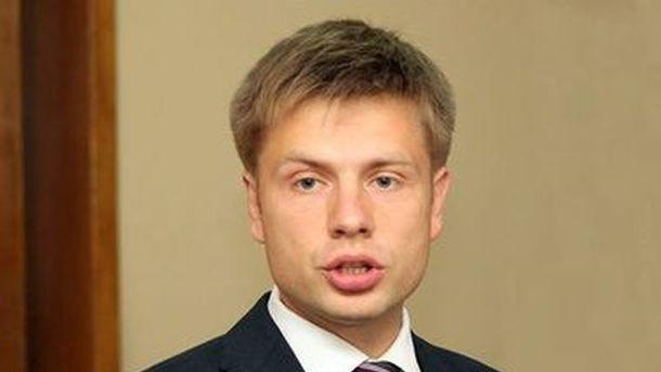 Партия Порошенко выступила против введения визового режима сРоссией