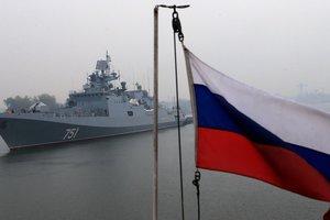 Военные корабли и подлодка РФ подошли к границам Латвии