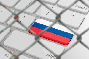 """Охват """"ВКонтакте"""" и """"Яндекса"""" в Украине рухнул вдвое"""