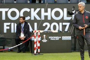 """""""Аякс"""" - """"Манчестер Юнайтед"""": фанаты считают, что Лигу Европы выиграют англичане"""