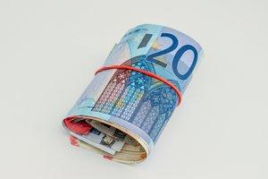 Почему в Украине взлетел курс евро: мнение эксперта