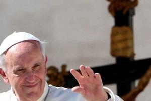 Украинский военный сделал яркое селфи с Папой Римским
