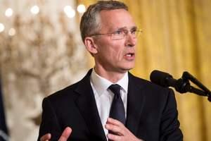 Генсек НАТО призвал США и ЕС поддержать экономические санкции против РФ