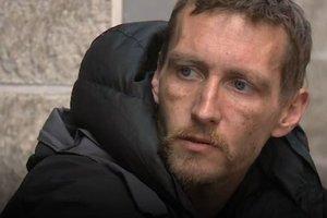 Люди со всего мира помогают бездомному, который спасал детей во время теракта в Манчестере