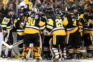 """В финал плей-офф НХЛ сыграют """"Питтсбург"""" и """"Нэшвилл"""""""