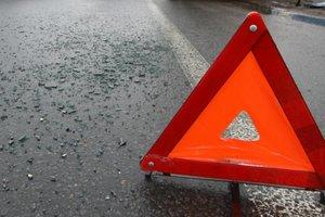 Под Харьковом водитель стал жертвой собственного автомобиля