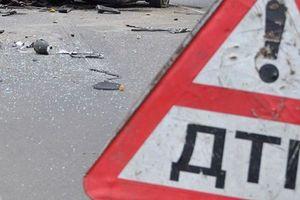 В Киеве автомобиль ГПУ устроил ДТП, водитель сбежал