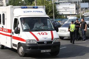 В Киеве ищут мужчину, который до полусмерти избил свою сожительницу