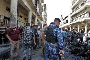 В результате теракта у школы в иракском городе Хит погибло 13 человек