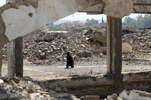 В Мосуле нашли новое захоронение мирных жителей, казненных боевиками ИГ