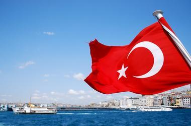 Первые украинцы приехали в Турцию без загранпаспортов