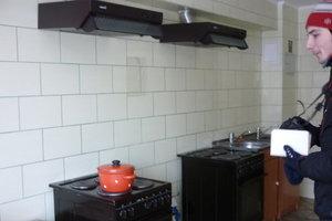Порошенко подписал закон, позволяющий приватизировать жилье в общежитиях