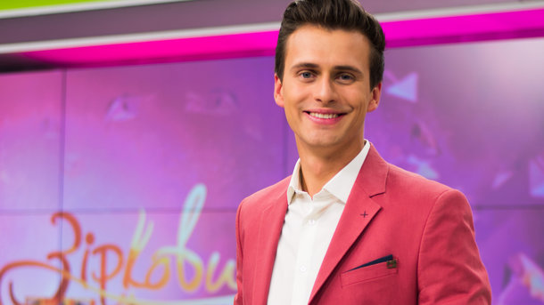 Ведущий Евровидения-2017 Александр Скичко женится второй раз