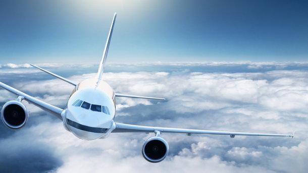 Самолет заминировали во Львовском аэропорту. Фото: weni.ru