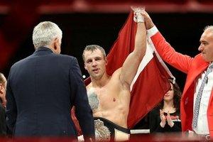 Гассиев, Бриедис и Влодарчик подтвердили участие в боксерской Лиге чемпионов