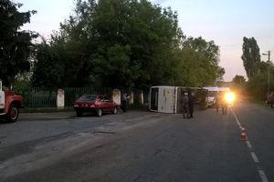 В Черкасской области перевернулся автобус с пассажирами