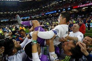 Церемония награждения победителя Лиги чемпионов