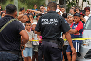 Неизвестный расстрелял посетителей бара в Мексике, 6 человек погибли, 22 пострадали