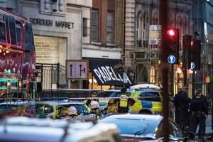 Ужасный теракт в Лондоне: появилось видео