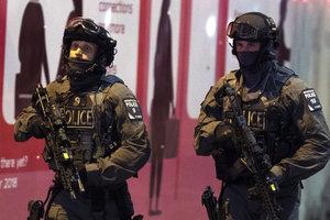 Ужасный теракт в Лондоне: появились новые фото и видео