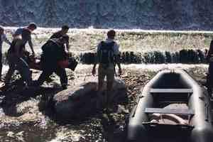 В Житомирской области скутер с мужчиной упал с плотины