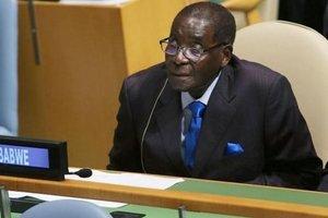 Роберт Мугабе в 93 года вновь решил стать президентом Зимбабве