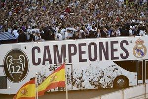 """""""Реал"""" привез в Мадрид трофей Лиги чемпионов"""