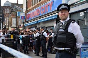 Житель Лондона вернулся в ресторан после теракта, чтобы оплатить счет