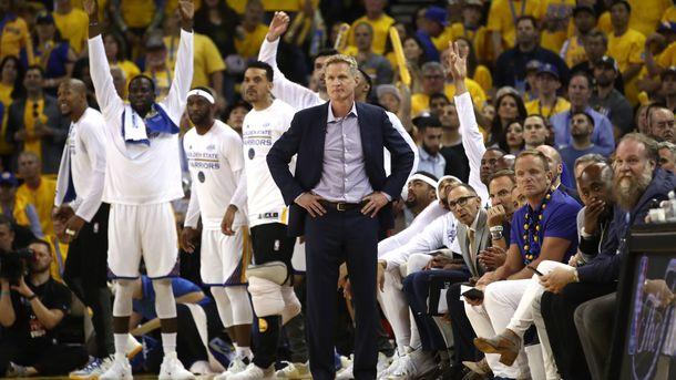 """""""Голден Стэйт"""" выиграл 14 подряд матчей в плей-офф НБА. Фото AFP"""
