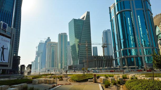 Саудовская Аравия иБахрейн разорвали дипотношения сКатаром