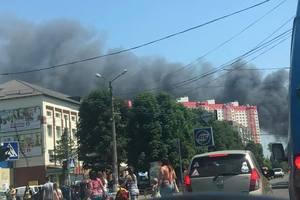 Подробности масштабного пожара под Киевом: огонь не могут потушить из-за ветра