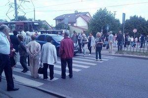 Во Львове из-за мусора перекрывали дорогу