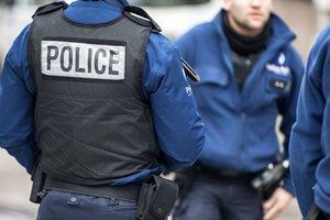 Возле Нотр-Дам де Пари проходит спецоперация:  полиция заблокировала 900 человек - СМИ