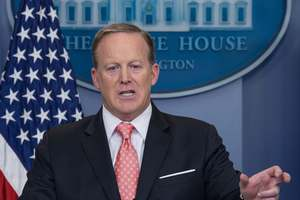 США хотят скорейшего урегулирования кризиса вокруг Катара - Белый дом