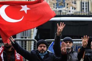 Турецкий парламент одобрил размещение военных на базе в Катаре