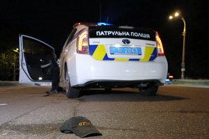 В Киеве пьяный пешеход попал под колеса BMW