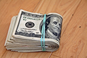 Курс доллара в Украине упал до зимних минимумов