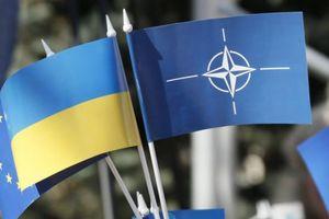 Украина восстановила курс на вступление в НАТО