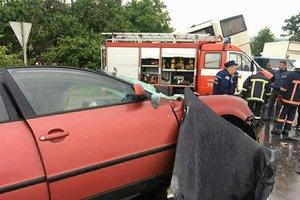 На Прикарпатье столкнулись четыре авто: есть жертвы