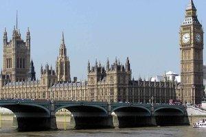 Выборы в Великобритании: Партия Мэй не смогла получить большинства в Палате общин