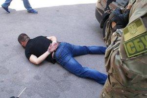 В Запорожье задержали банду полицейских за разбой и грабеж