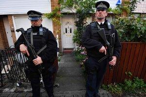 Все заложники, захваченные мужчиной в Британии, освобождены