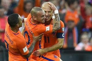 Обзор матча Голландия - Люксембург - 5:0