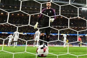 Обзор матча Швеция - Франция - 2:1
