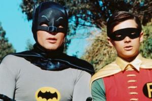 Умер самый первый Бэтмен