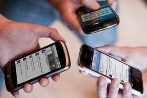 Украина ведет переговоры с ЕС об отмене платы за мобильный роуминг - Порошенко
