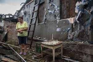 Ужасный обстрел жилых районов Марьинки: появилось видео с рассказом местных жителей